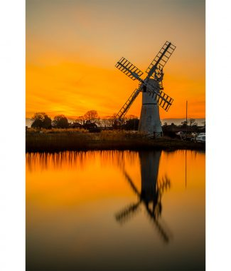 Thurne Winters Sunrise Canvas 38mm Frame